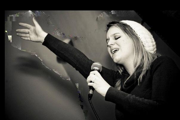 Lydia Transparent